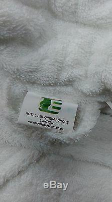 CLEARANCE LOT 400Gsm SIZE SMALL- MEDIUM WHITE HOTEL 100% COTTON TERRY BATHROBES