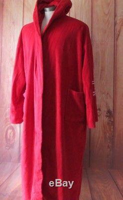 Malboro men's red bath robe marlboro collectibles very good collection