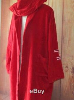 Marlboro men's red bath size XXL robe collectibles very good collection
