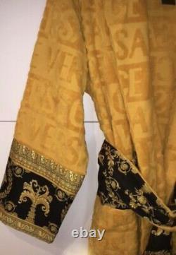 VERSACE Men's Baroque Long Sleeve Bath Robe Size M NWT Gold/ Black RETAIL $595