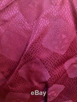 Vintage 1950s Deadstock Rayon Robe Mens Bathrobe Burgundy Brocade Squares M Tall